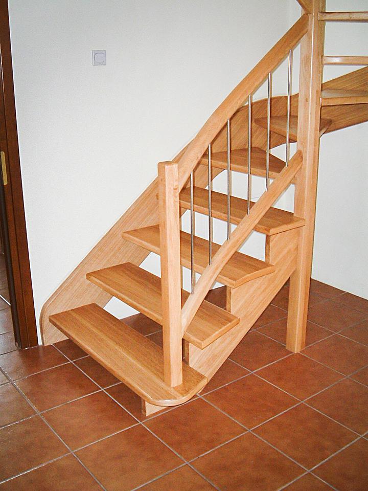 01 schody drewniane WOLNOSTOJĄCE