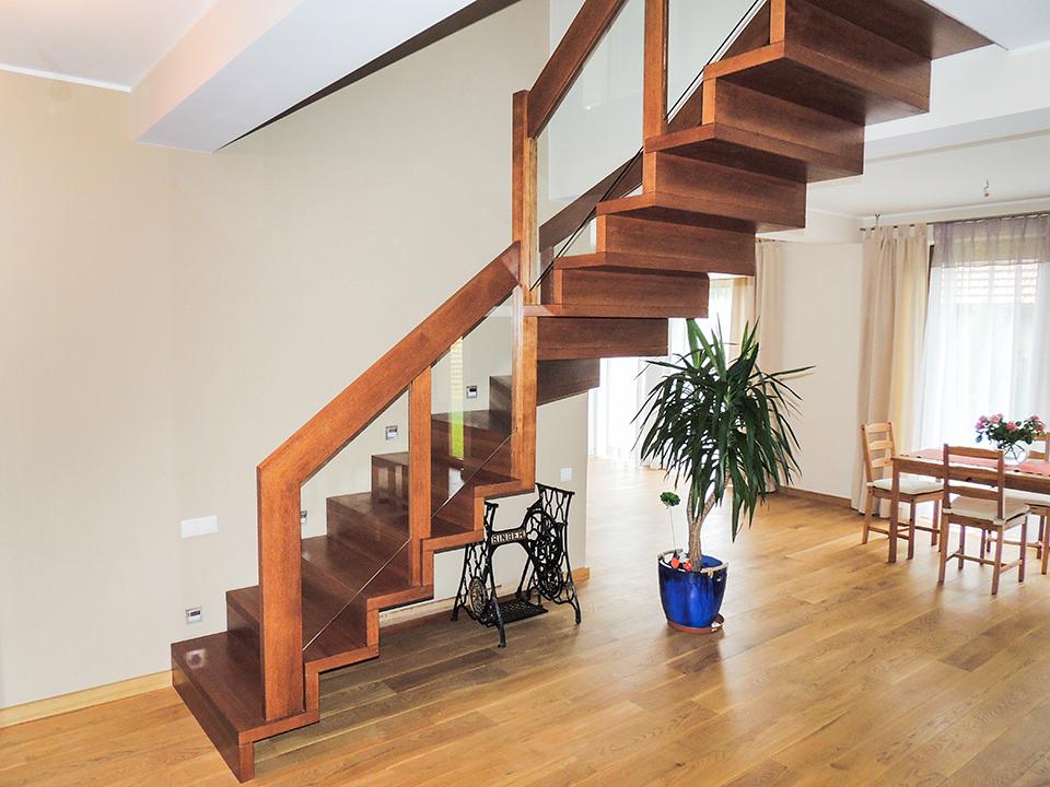 02 schody drewniane NOWOCZESNE