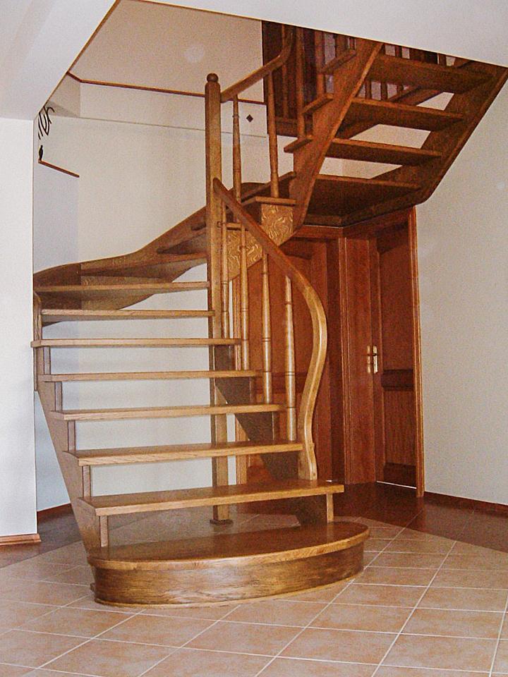 02 schody drewniane WOLNOSTOJĄCE