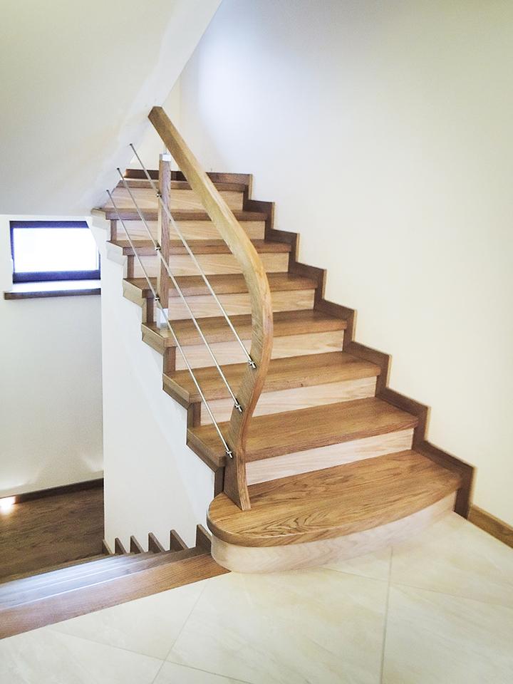 04 schody drewniane NA BETON