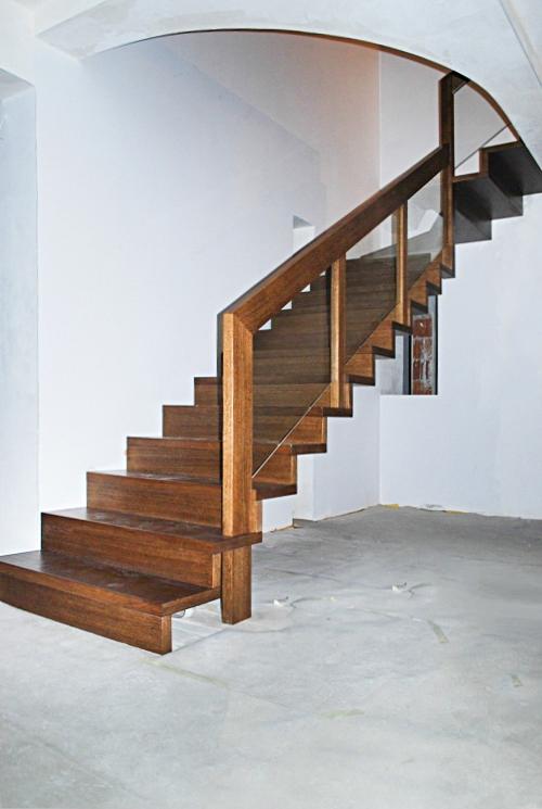 05 schody drewniane NOWOCZESNE