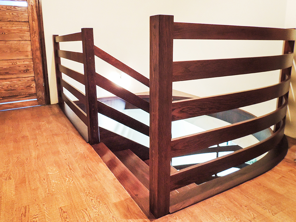 09 schody drewniane NA BETON