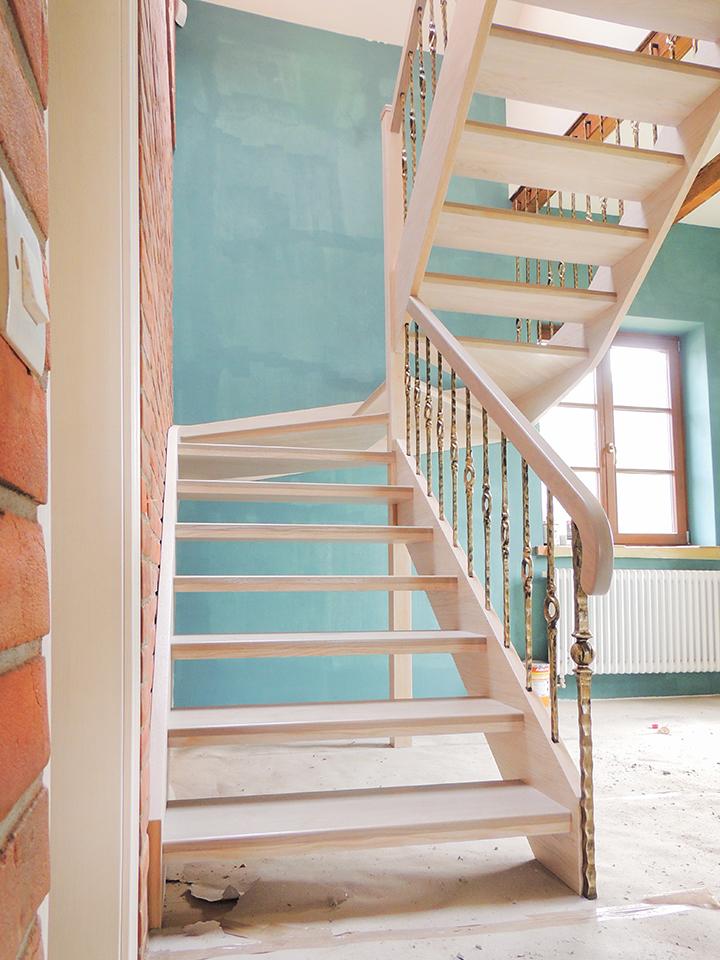 10 schody drewniane WOLNOSTOJĄCE