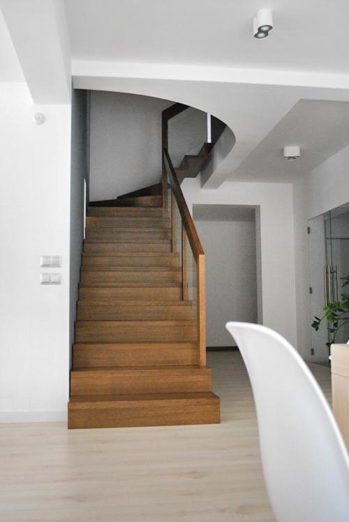 14 schody drewniane NOWOCZESNE