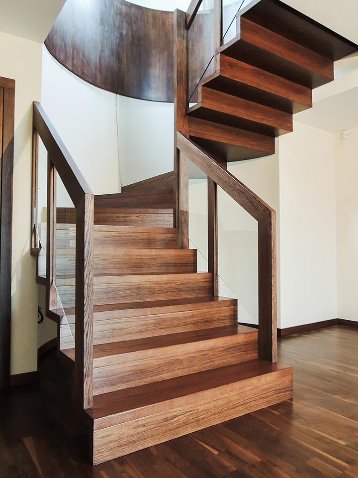 26 schody drewniane NOWOCZESNE
