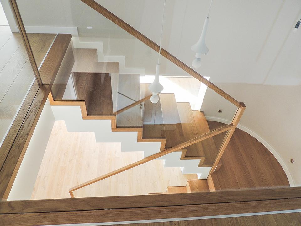 31 schody drewniane NOWOCZESNE