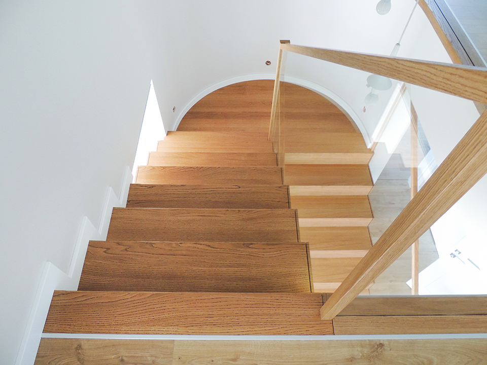 32 schody drewniane NOWOCZESNE
