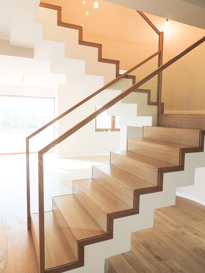 33 schody drewniane NOWOCZESNE