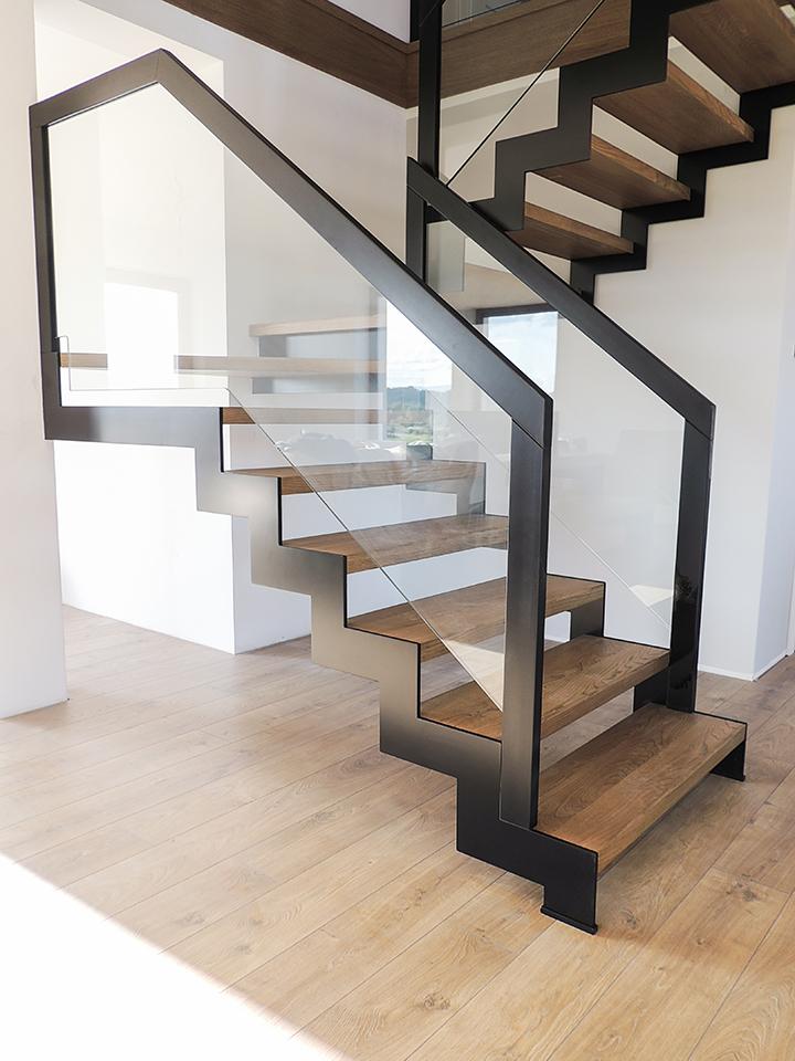 42 schody drewniane NOWOCZESNE