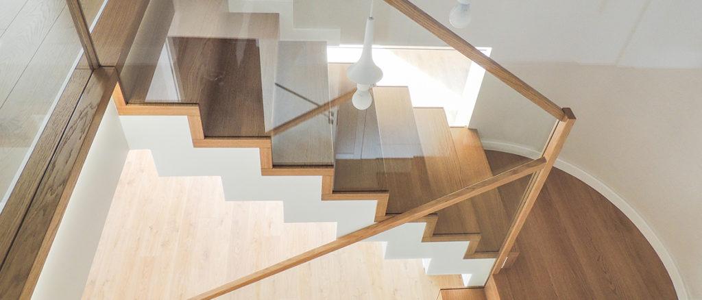 beton schody drewniane SCHODUS
