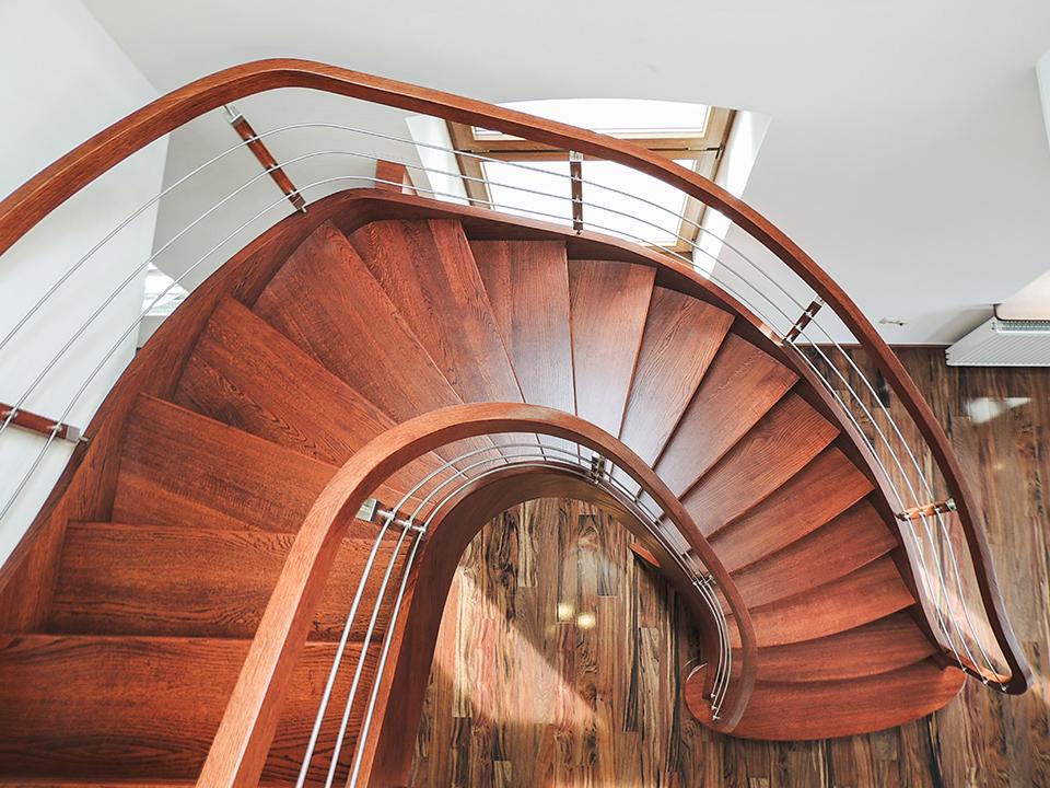 72 schody drewniane GIĘTE SCHODUS