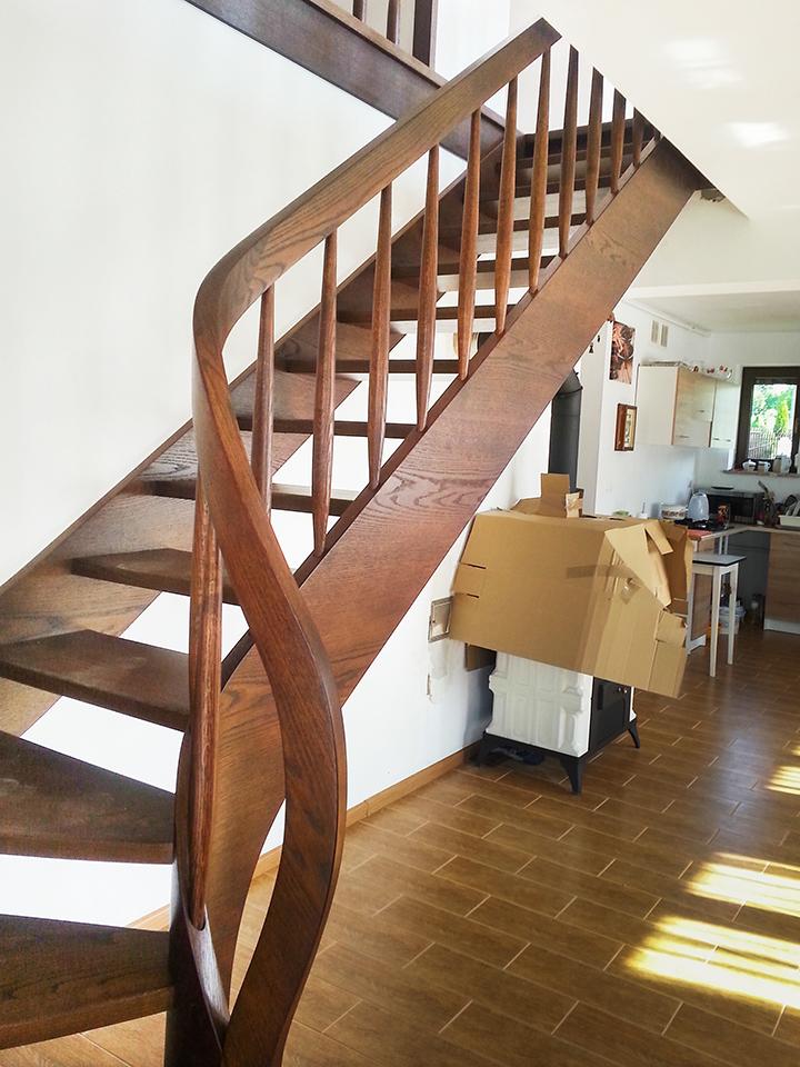 22 schody drewniane WOLNOSTOJĄCE