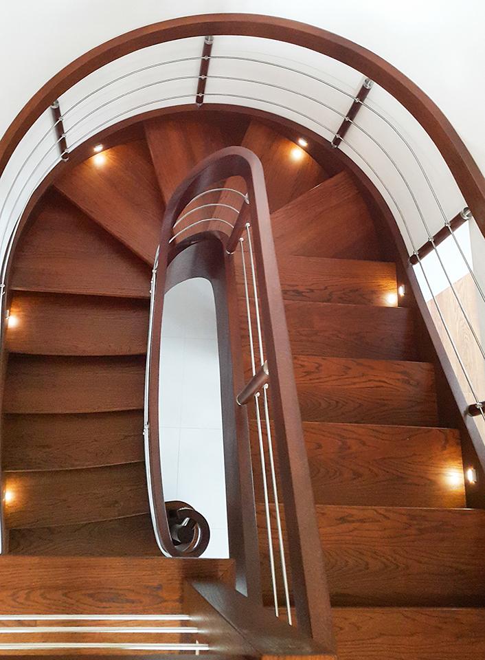 60 schody drewniane GIĘTE SCHODUS