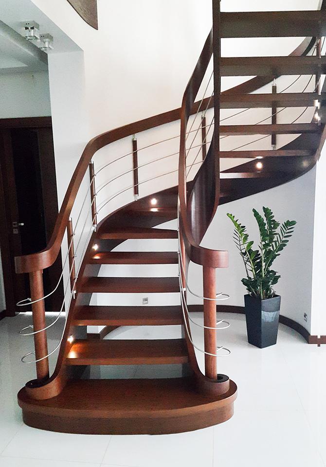36 schody drewniane GIĘTE SCHODUS