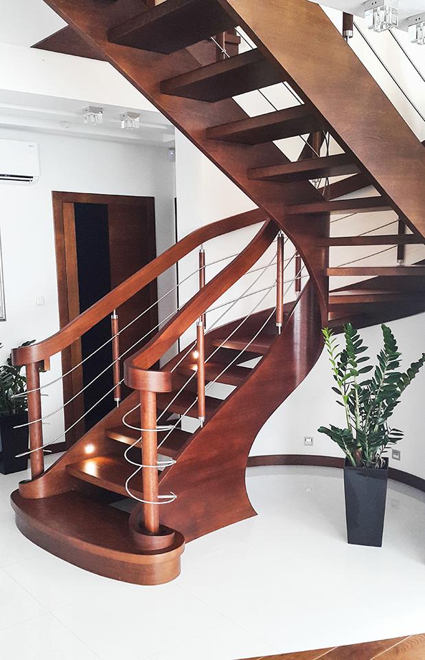 37 schody drewniane GIĘTE SCHODUS
