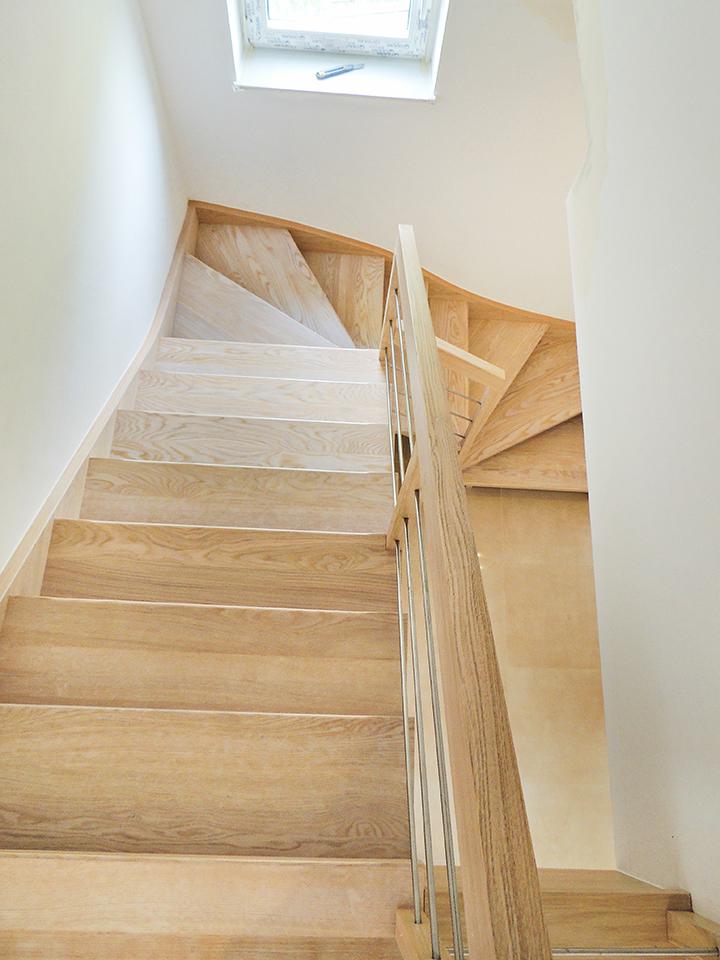 25 schody drewniane WOLNOSTOJĄCE