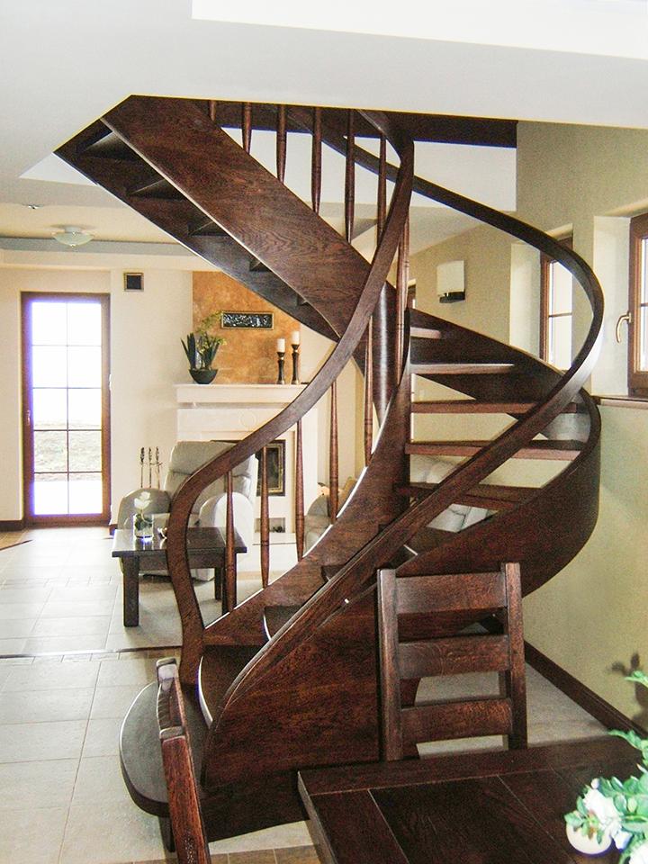 17 schody drewniane GIĘTE SCHODUS