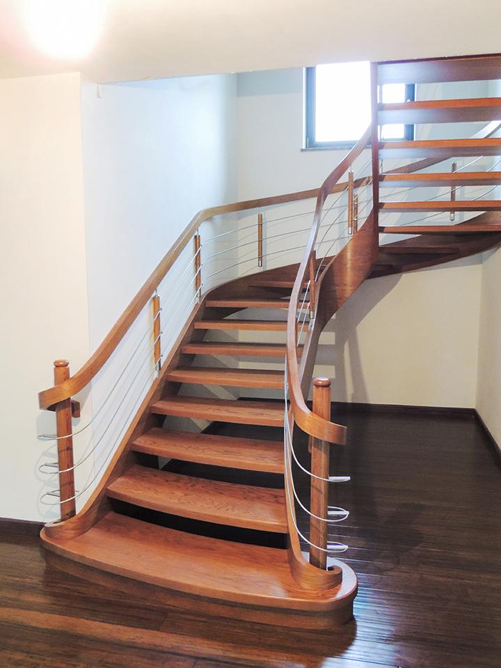 27 schody drewniane GIĘTE SCHODUS