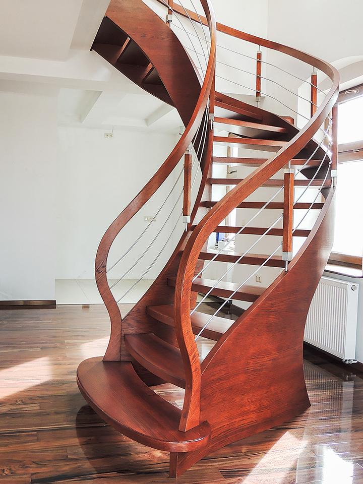 70 schody drewniane GIĘTE SCHODUS