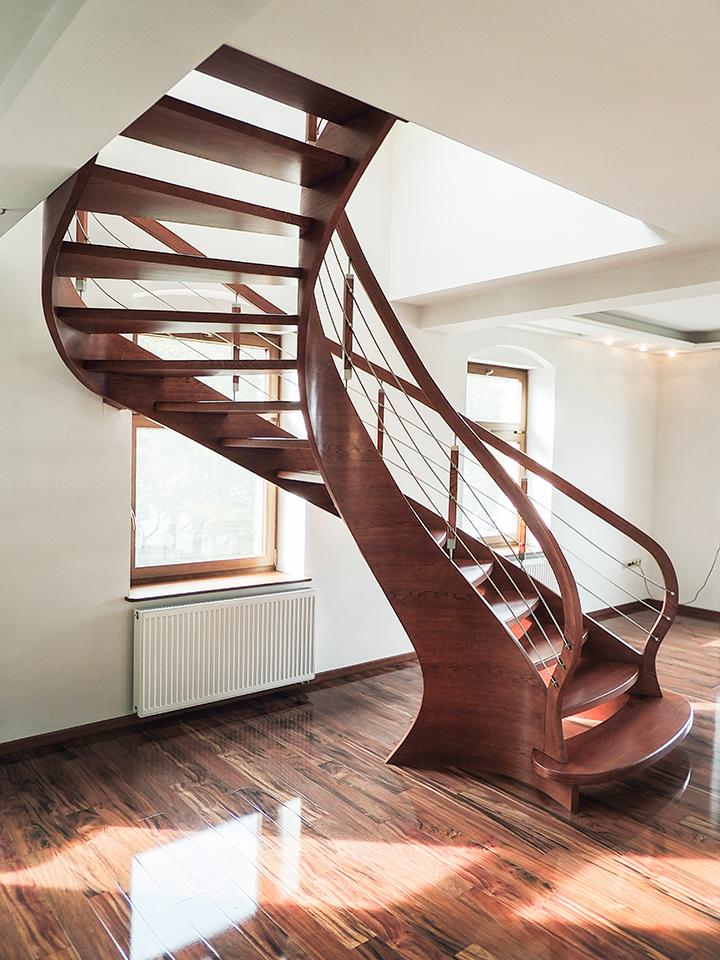 68 schody drewniane GIĘTE SCHODUS