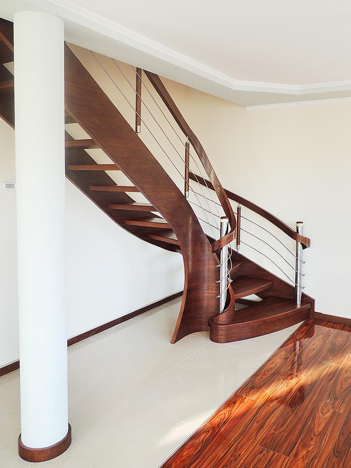 32 schody drewniane GIĘTE SCHODUS