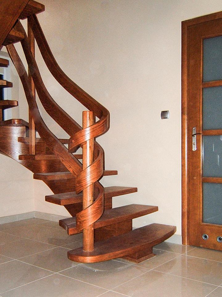 34 schody drewniane GIĘTE SCHODUS