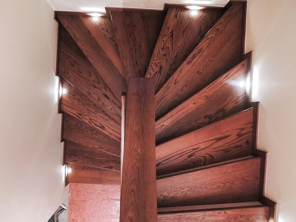 16 schody drewniane NA BETON