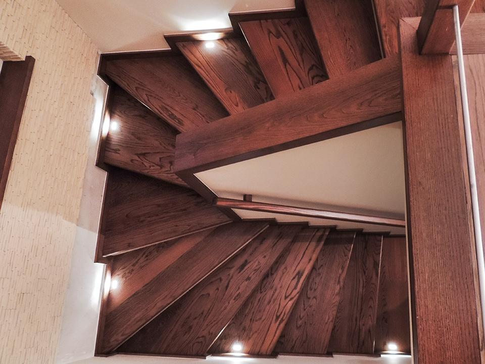 17 schody drewniane NA BETON