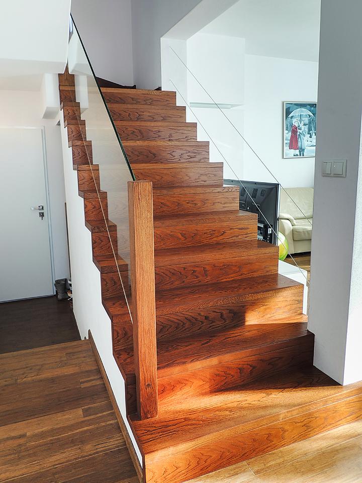 21 schody drewniane NA BETON