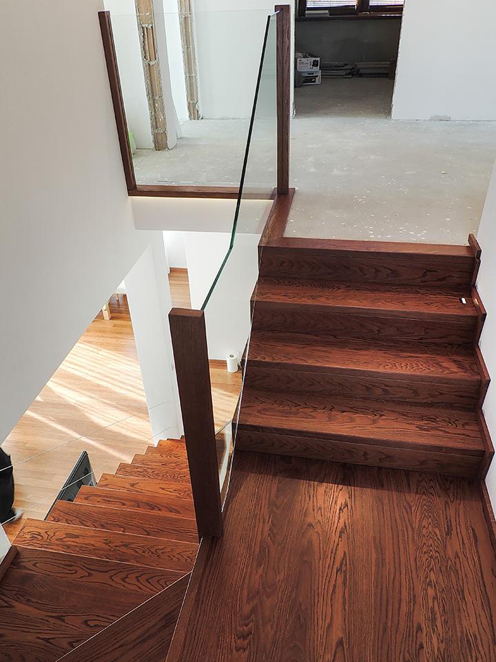20 schody drewniane NA BETON