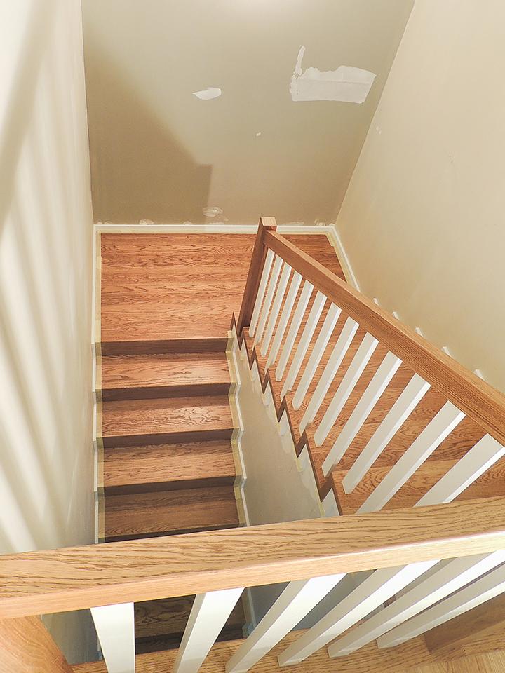 18 schody drewniane NA BETON