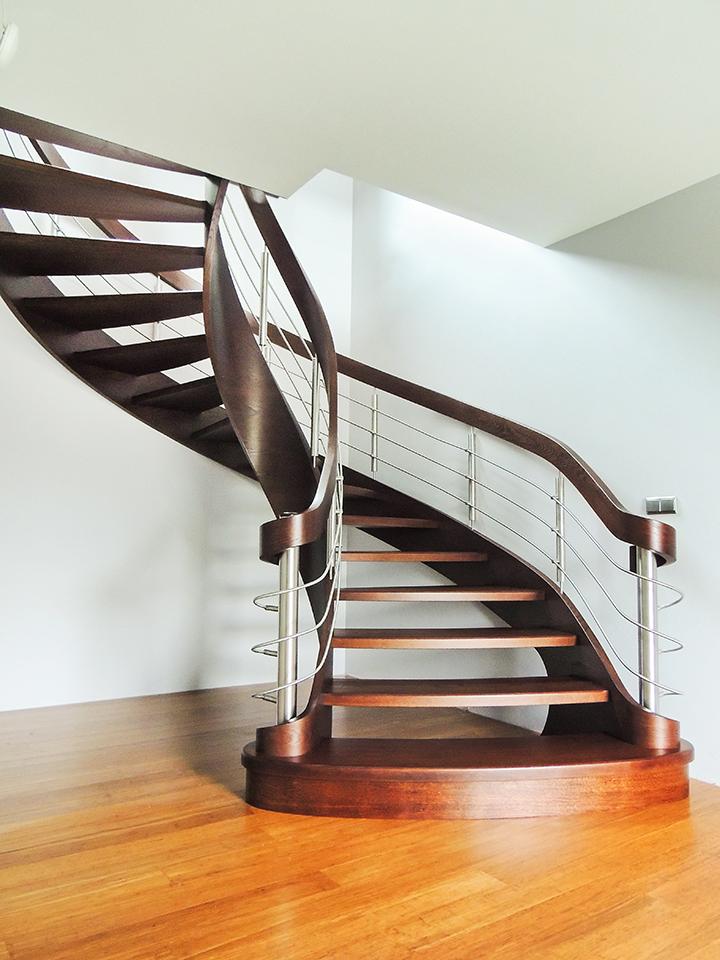 43 schody drewniane GIĘTE SCHODUS