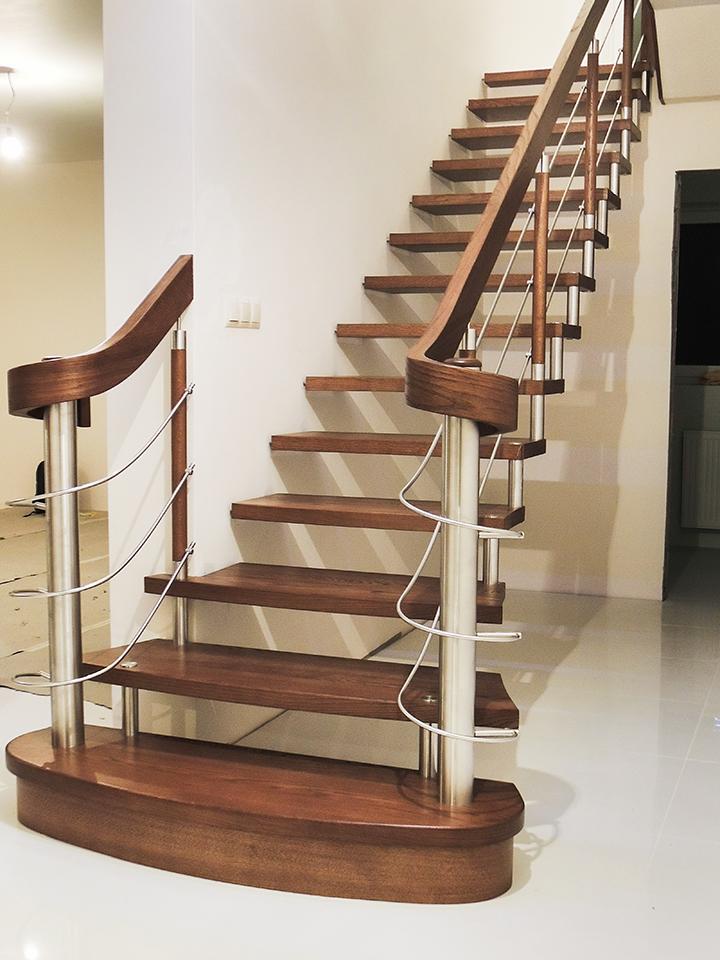 13N schody drewniane NOWOCZESNE