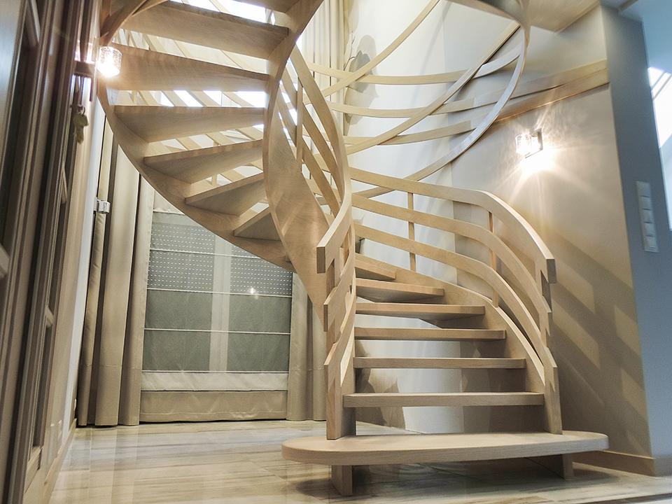 64 schody drewniane GIĘTE SCHODUS