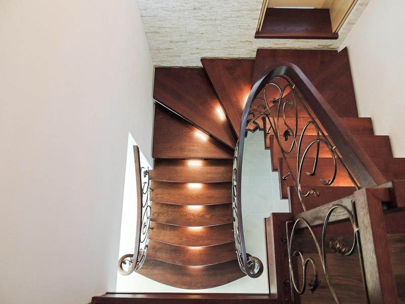 46 schody drewniane GIĘTE SCHODUS