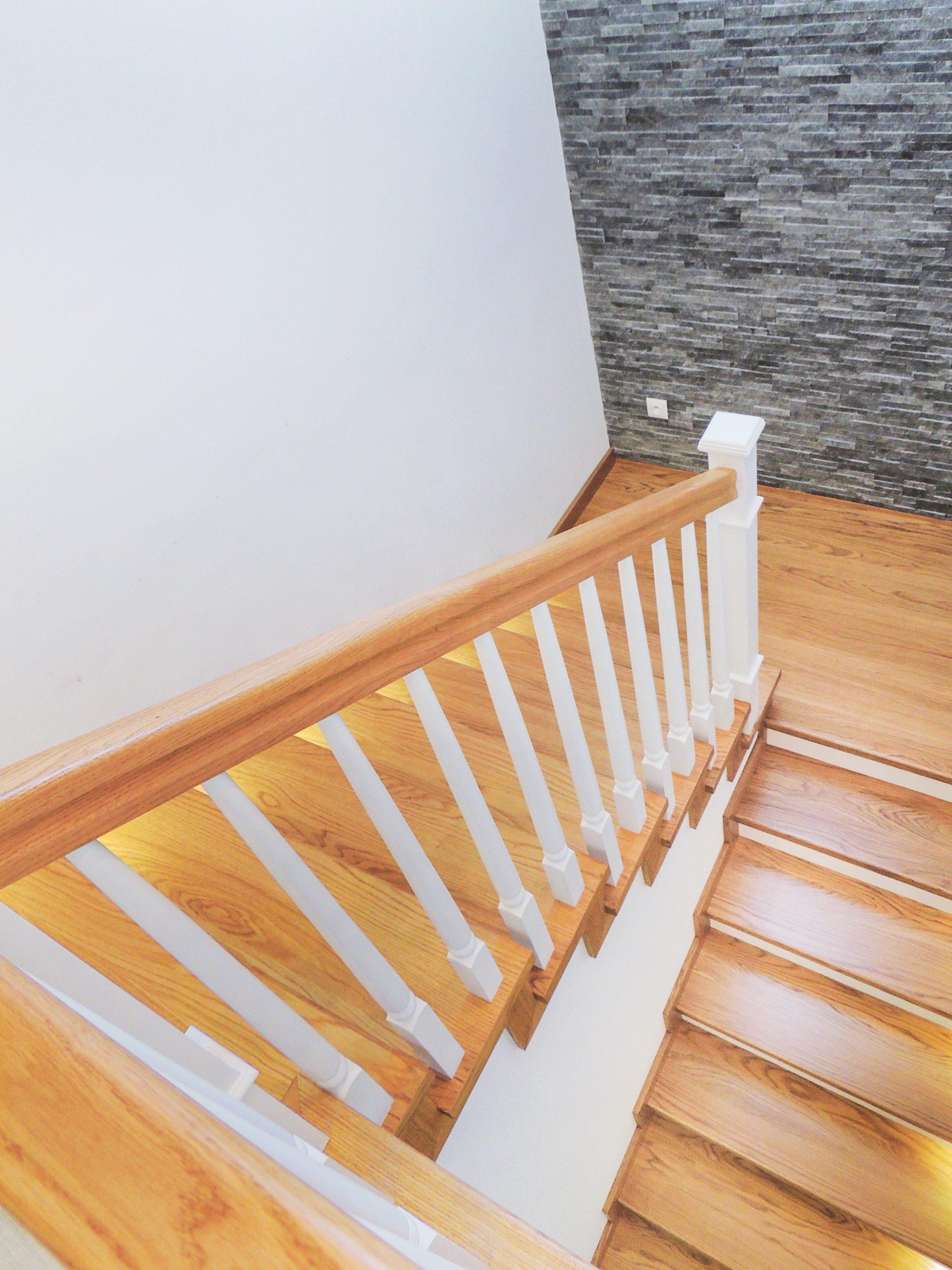 24 schody drewniane NA BETON