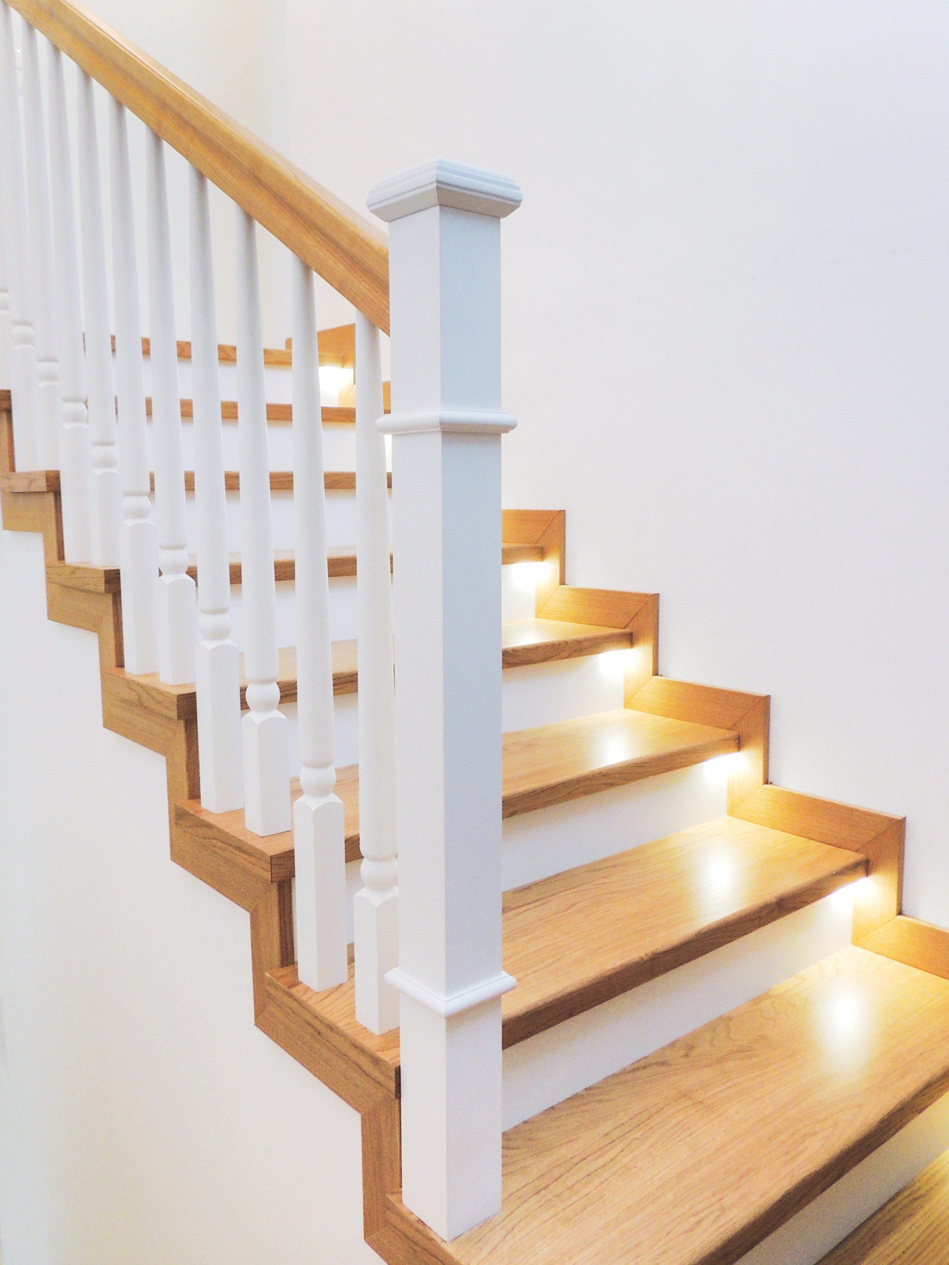 26 schody drewniane NA BETON