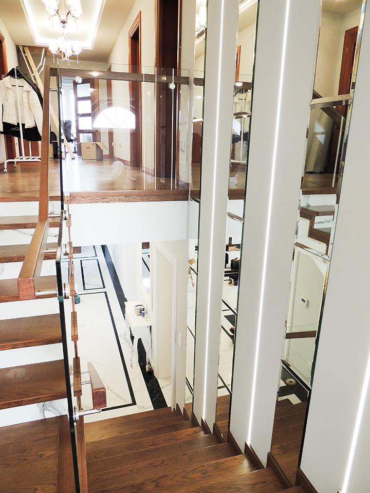 27 schody drewniane NA BETON